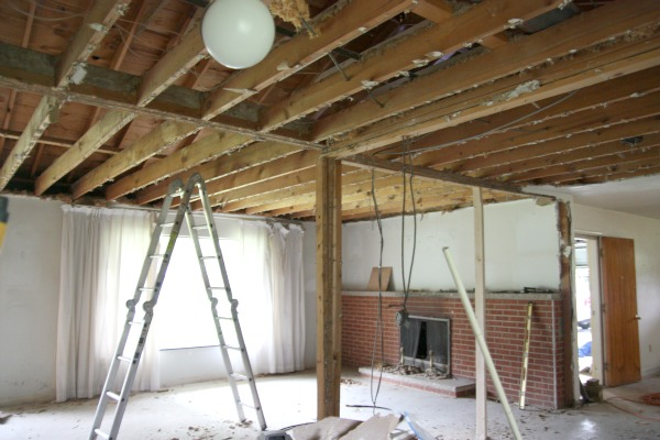 House tweaking for How to build a cathedral ceiling