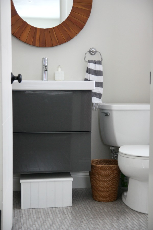 David Jimenez David Jimenez Pinterest Black Accents Paper - Bathroom hand towels for small bathroom ideas