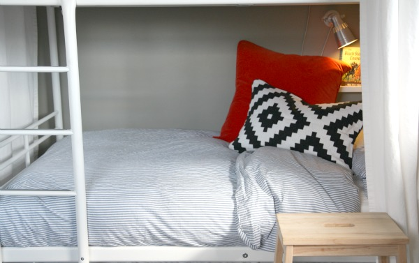 Six Tips For Making Bunk Beds. None Of Which Require An Iron. Of Course,  You Can Apply These Tips To Regular Beds As Well.