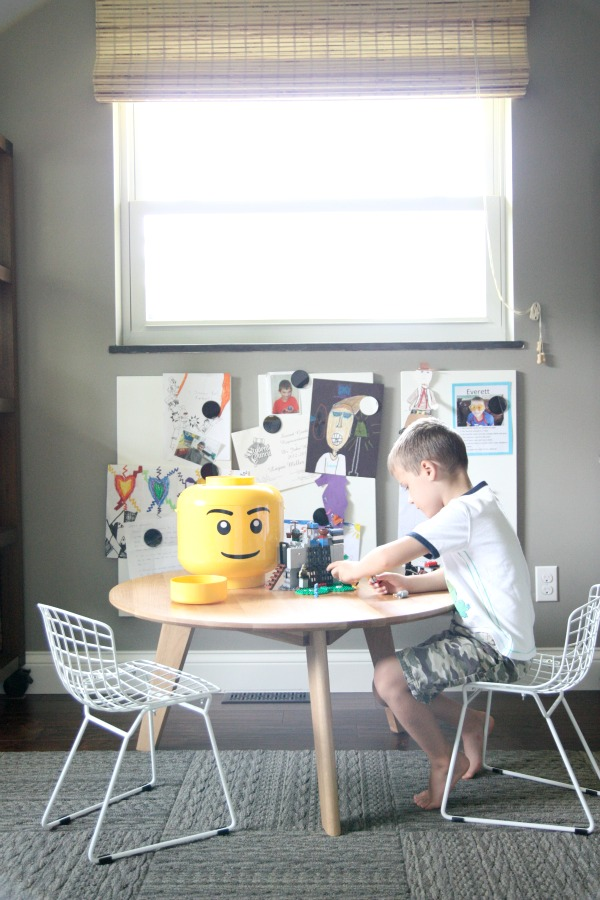 lego table 1