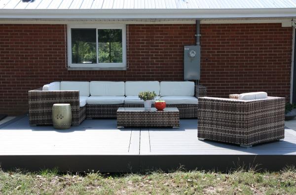 deck sofa 1
