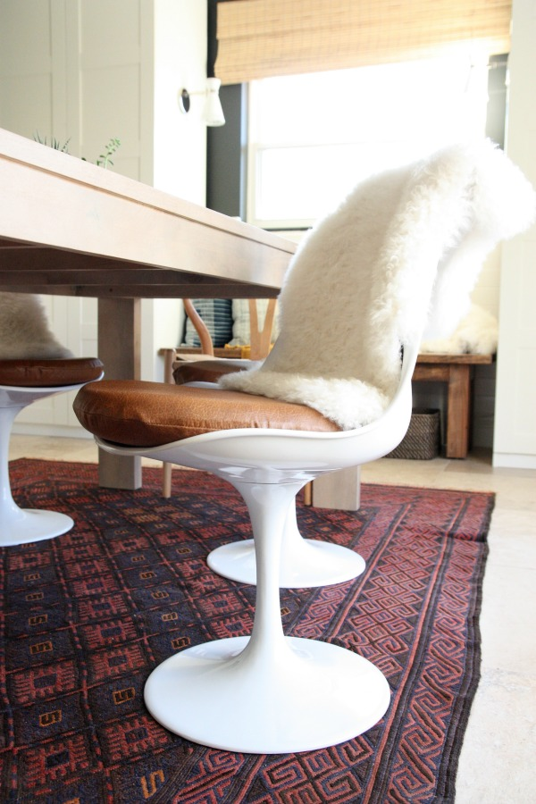 upholstered tulip chair 1