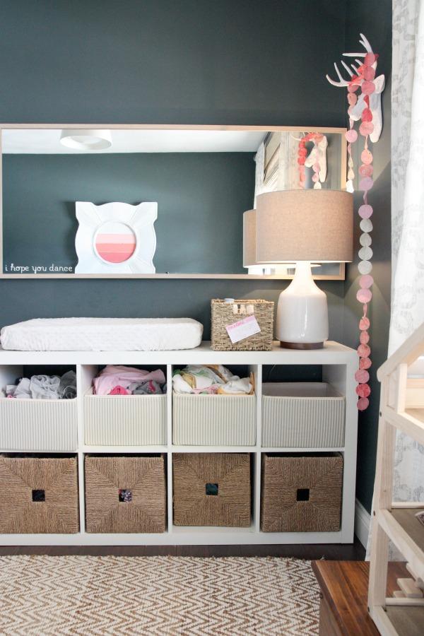 girl nursery 3