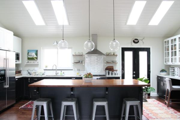 vaulted kitchen 1