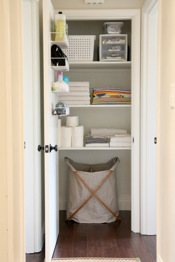 finally closet linen can organized hunker items closets neatly these your organize