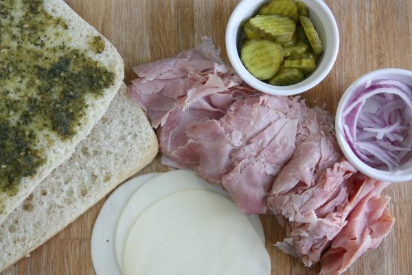 pesto sandwich 1