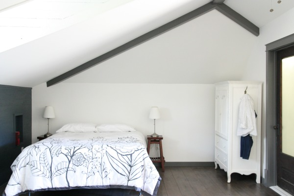 MIL bed 4