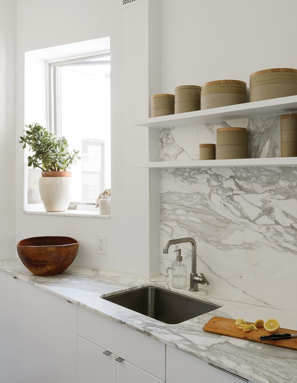 spare_change-kitchen-marble_countertop-backsplash-porcelain_vessels