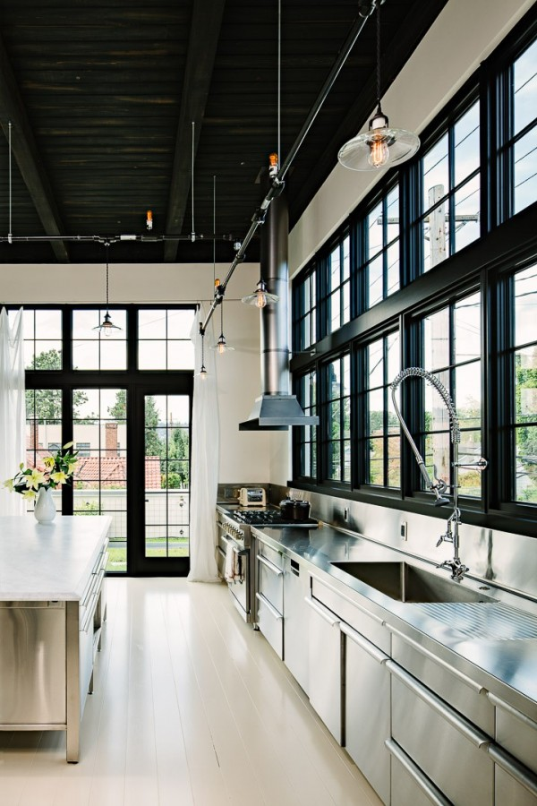 high ceilings with exposed ductwork
