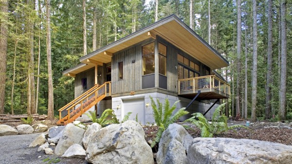 right-sized prefab cabin