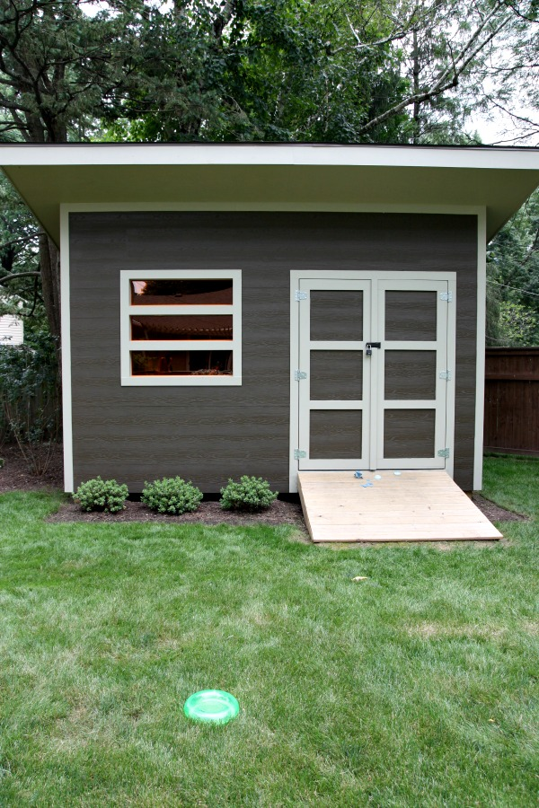 House tweaking for Modern garden shed designs