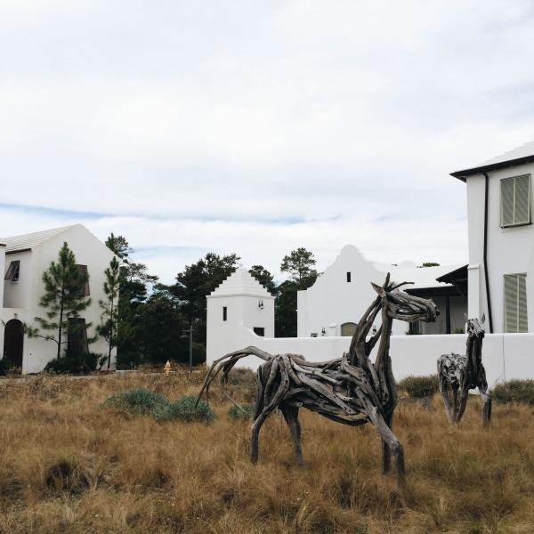 alys beach horse sculpture