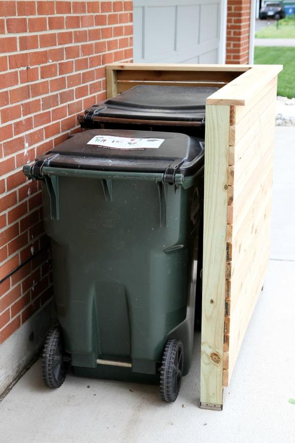 DIY trash enclosure 3