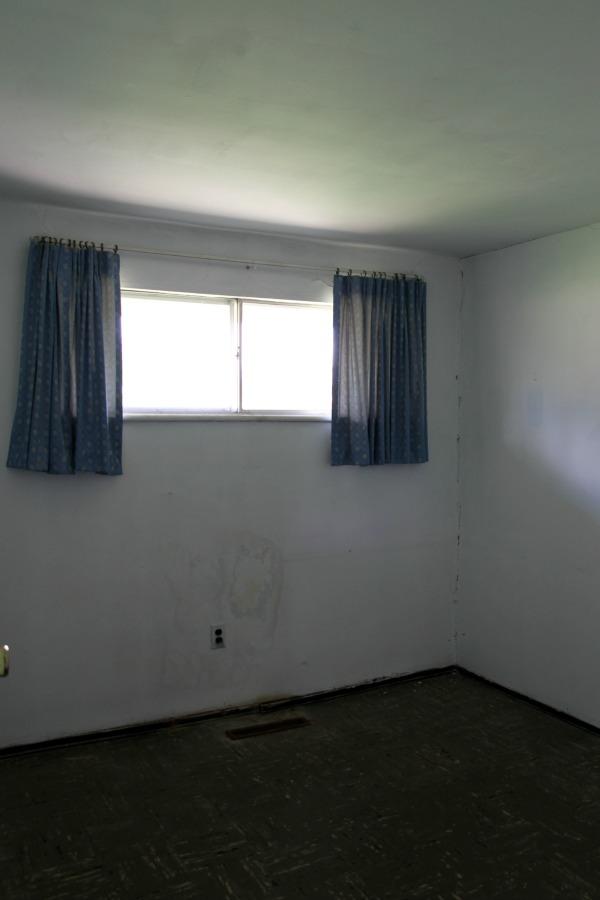 flip house bedroom 1