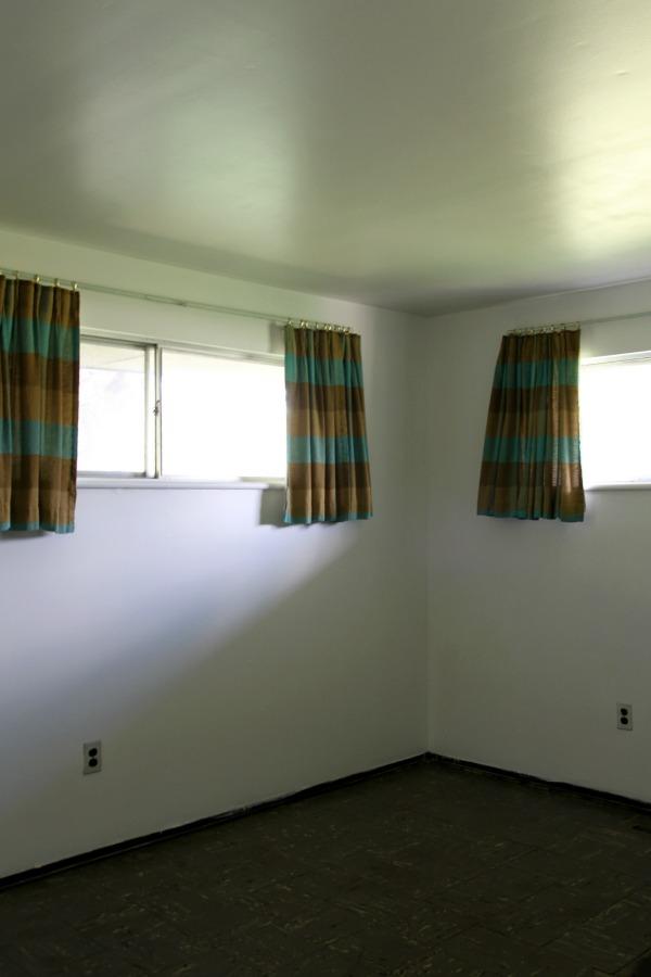 flip house bedroom 2