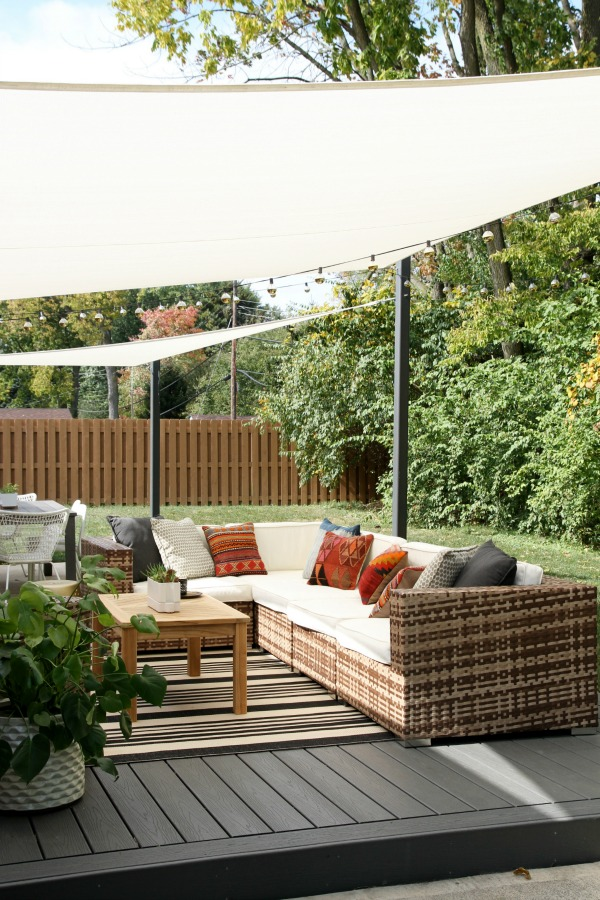 backyard shade sail outdoor goods. Black Bedroom Furniture Sets. Home Design Ideas